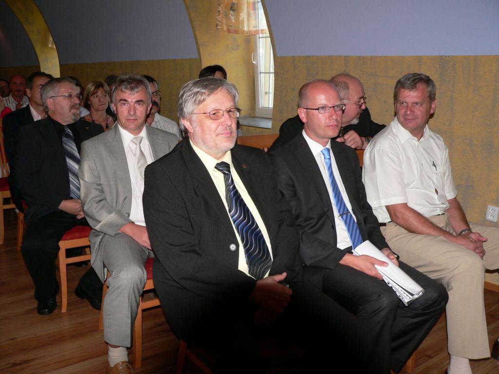 40podnikatelske_setkani_OHK_Vyskov_2009.JPG
