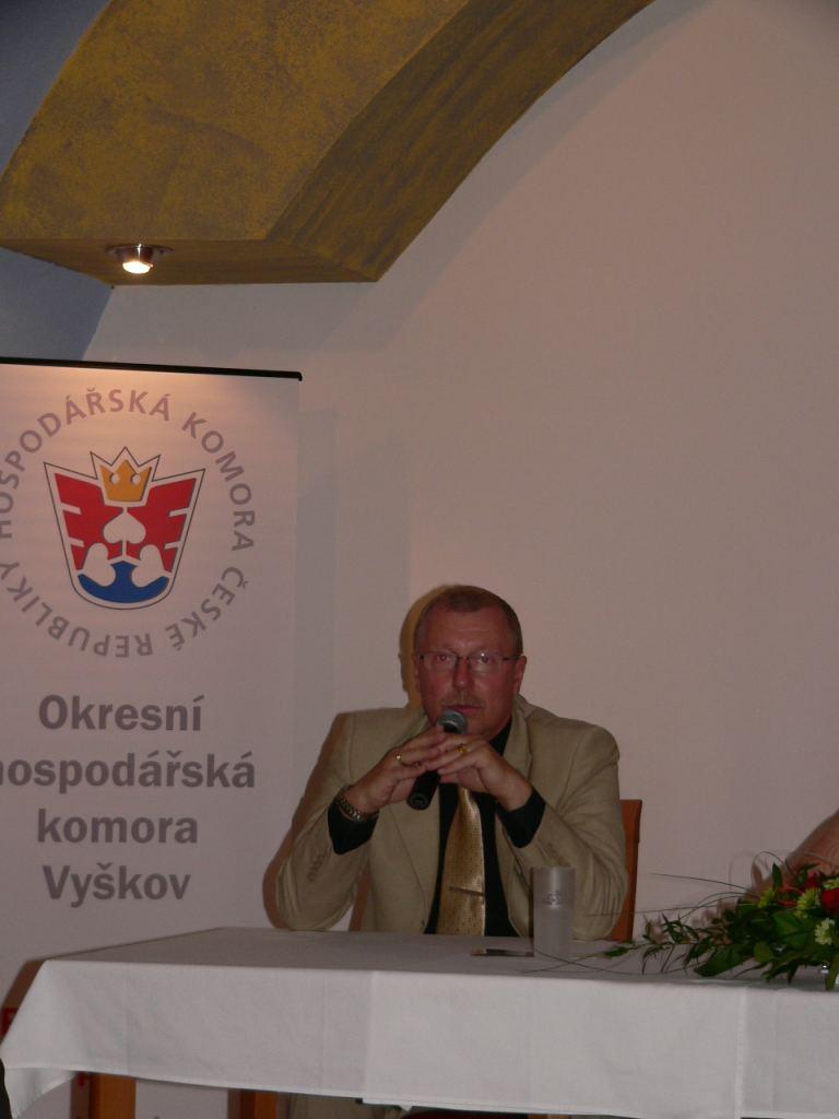 43podnikatelske_setkani_OHK_Vyskov_2009.JPG